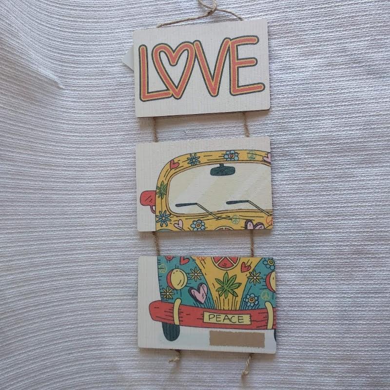 Cartel madera triple